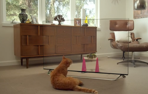 A new LG commercial that will blow your mind. See how the dogs react when they stand in front of an Ultra TV.